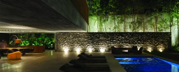 studiomk27_ipes_house_courtyard
